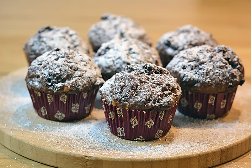 schoko bananen muffins einfach backen mit l. Black Bedroom Furniture Sets. Home Design Ideas